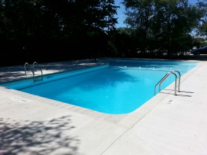 70dixfield2013-outdoor_residental_pool_before